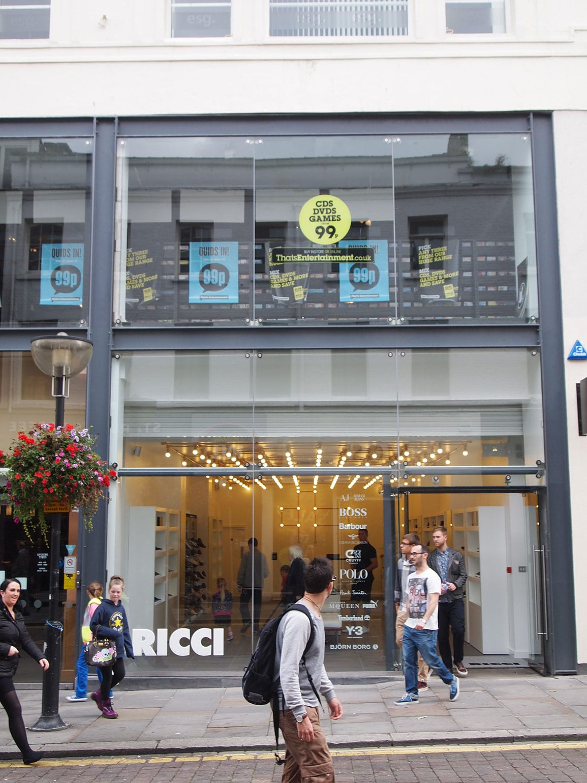 Ricci Shoe Shop External
