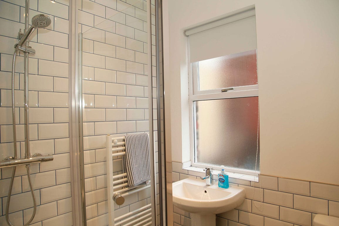 Allan Melia Photo Homebaked Apartment Architectural Emporium Bathroom